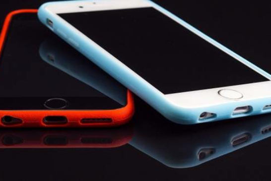 Israeli Hackers Find Way to Break Into Any iPhone