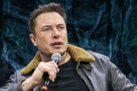 Elon Musk deletes his Facebook page as well as those of SpaceX and Tesla
