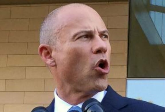 Avenatti says client is 'telling the truth' about Brett Kavanaugh, waiting for FBI