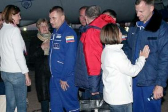 NASA official: Tense moments but calm crew in aborted launch