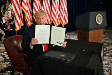 Trump just signed 4 executive orders providing coronavirus relief. It's not clear if they're all legal.